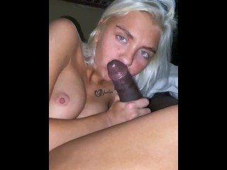 College Coed sucks BBC for the first time.